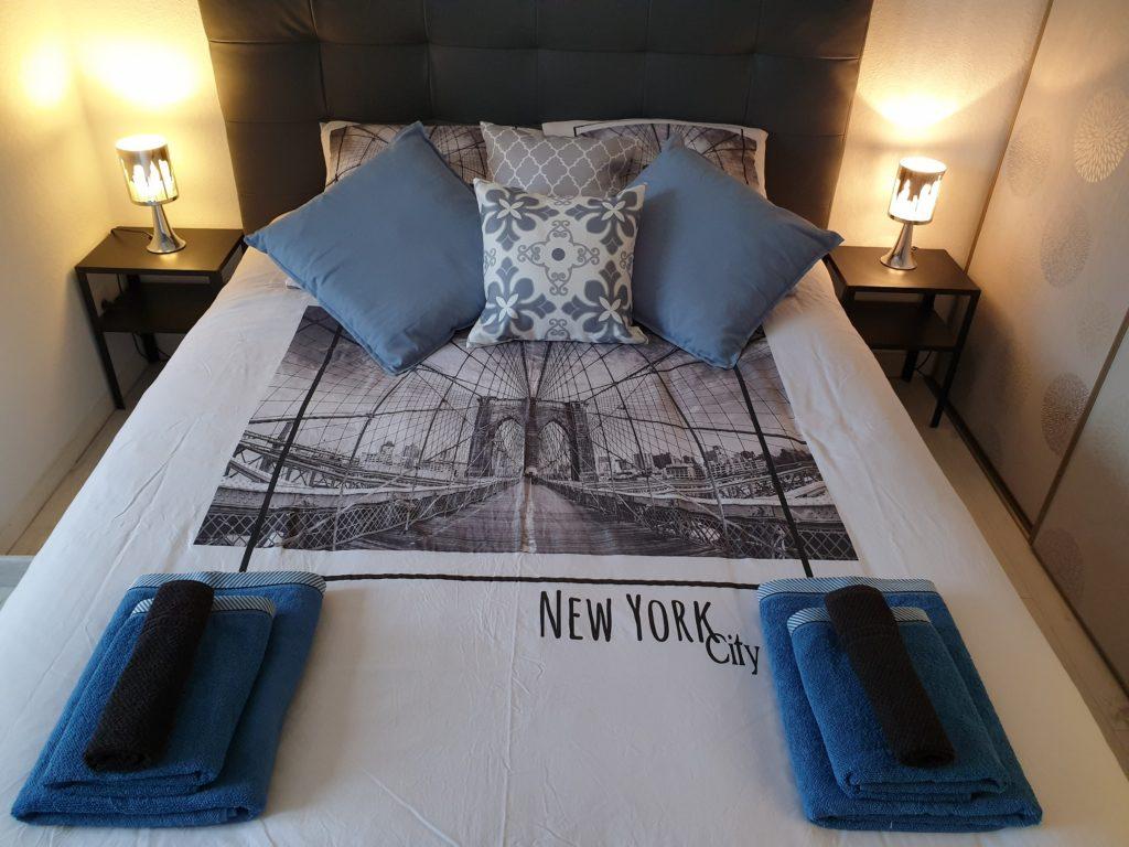 Chambre Sur Le Thème De New York em life strasbourg, vacances ou deplacement pro